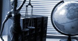 Były sędzia wziął 50 zł. Uniewinnił go Sąd Najwyższy - to nie była kradzież, a roztargnienie.
