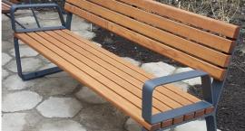Jakich ławek chcemy w mieście? Stołeczny ratusz czeka na nasze opinie [ZDJĘCIA]