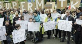 Protesty w Sejmie i przed Sejmem. Wciąż bez porozumienia z rodzicami niepełnosprawnych