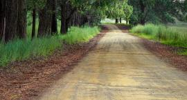 Utwardzanie dróg gruntowych w mieście - rusza tegoroczny program