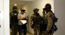 Akcja antyterrorystów - kolejne zatrzymania w sprawie brutalnych napadów [ZDJĘCIA]