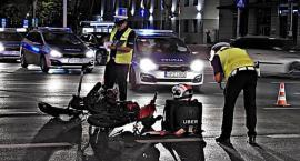 Zderzenie dostawcy Ubera z taksówką [ZDJĘCIA]