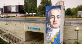 Wyjątkowe murale przy stacjach metra [ZDJĘCIA]