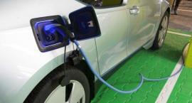 14 kolejnych stacji do ładowania elektrycznych samochodów