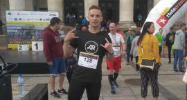 Artur - uczestnik biegu na XXX piętro PKiN