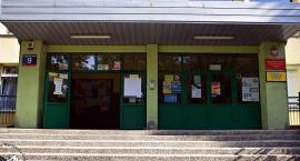 Toksyczna woń w SP4. Dzisiaj decyzja Sanepidu czy uczniowie powrócą do szkoły