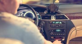 Bez prawa jazdy, karty pojazdu i naklejki na szybie - zmiany od przyszłego roku