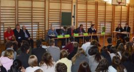 Debata z młodzieżą przed wyborami samorządowymi. Na kogo zagłosowaliby licealiści?