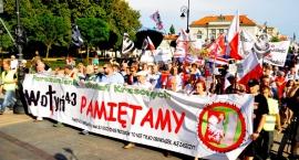 Ulicami Warszawy przeszedł Marsz Pamięci upamiętniający Krwawą Niedzielę na Wołyniu