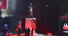 Odsłonięcie pomnika Lecha Kaczyńskiego [ZDJĘCIA]