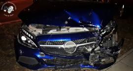 Zderzenie mercedesa z BMW [ZDJĘCIA]