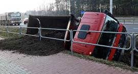 Zderzenie ciężarówki z Porsche Cayenne [ZDJĘCIA]