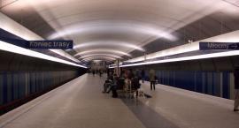 Nie dał się przekonać, że o 1 w nocy metro nie kursuje...