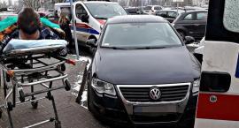 Bezmyślność kierowców nie zna granic... Auta zaparkowane na miejscu dla karetek [ZDJĘCIA]