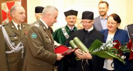 Profesor Michał Ciałkowski doktorem honoris causa WAT