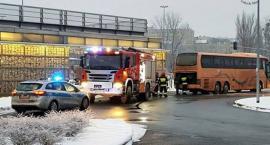 Pożar autokaru na Młocinach [ZDJĘCIA]