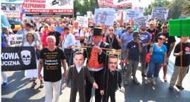 Kolejny protest frankowiczów w Warszawie pod hasłem: Zero haraczu [ZDJECIA]