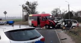 Jedna osoba zginęła, dwie są ranne. Policja szuka świadków wypadku [ZDJĘCIA]
