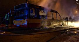 Pożar autobusu. Spłonął doszczętnie... [ZDJĘCIA]