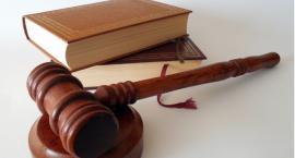 Prokurator skazany za wykorzystywanie seksualne.