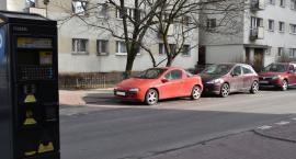 Wola chce rozszerzyć strefę płatnego parkowania
