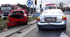 Modlińska: zderzenie trzech samochodów