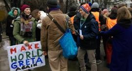 Młodzieżowy strajk klimatyczny. Tłumy na ulicach w Centrum [ZDJĘCIA]