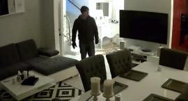 Włamał się do mieszkania. Szuka go policja