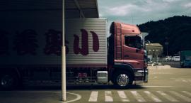 Na S8 zderzyły się ciężarówki