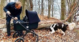Tusk Kaczyńskiemu w odpowiedzi: oto moja rodzina - mam wnuczkę, córkę i syna...