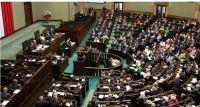 PiS z jedynką, PO z dwójką – PKW rozlosowała numery list w wyborach do Sejmu