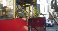 Straż Miejska opublikowała zdjęcia z wypadku w Alejach Jerozolimskich