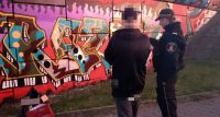 Malowali graffiti na Trasie Siekierkowskiej. Zostali ujęci przez strażników