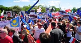 Ponad 200 tys. osób na marszu Jesteśmy i będziemy w Europie [ZDJĘCIA]