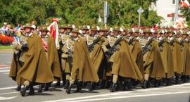 Defilada z okazji święta Wojska Polskiego [ZDJĘCIA]