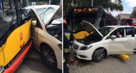 Straż publikuje zdjęcia z wypadku przy ul. Leszno