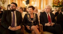 Hanna Gronkiewicz-Waltz zwolniła wiceprezydentów Warszawy