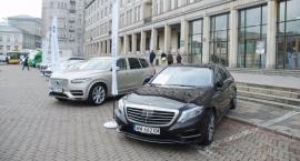 Wystawa pojazdów elektrycznych i niskoemisyjnych na Pl. Trzech Krzyży