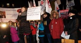 Protest nauczycieli pod Sejmem [ZDJĘCIA]