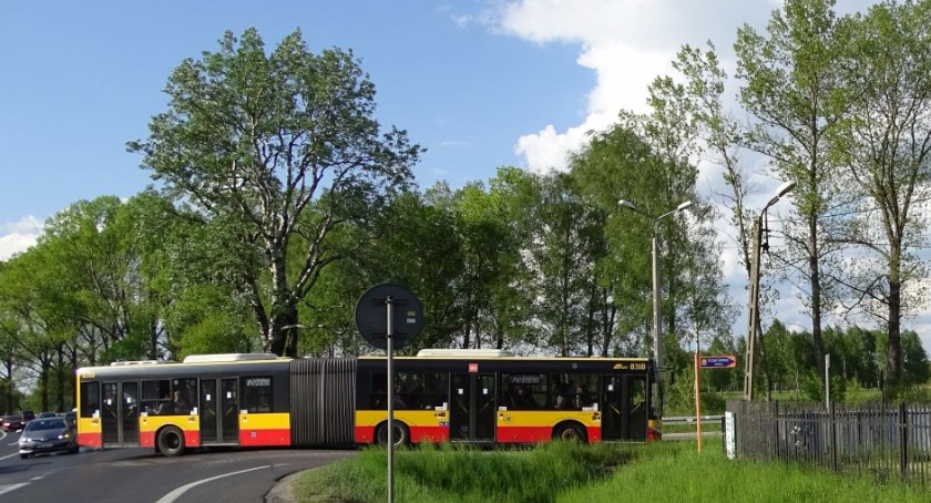 Komunikacja - drogi , Wiązowna pociągu - zdjęcie, fotografia