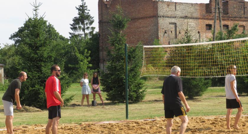 Piłka siatkowa, Turniej siatki plażowej Puchar Proboszcza Warszawicach - zdjęcie, fotografia