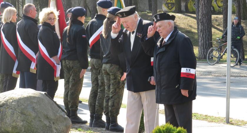 Historia, Pamięć poległych żołnierzach Otwocku - zdjęcie, fotografia