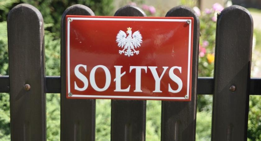 Urzędy, Sołtysi gminie Karczew wybrani - zdjęcie, fotografia