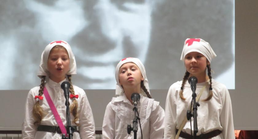 Koncerty - muzyka, Koncert niepodległościowy Dziecinowie - zdjęcie, fotografia