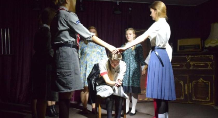 Teatr - spektakle, Żywa lekcja historii - zdjęcie, fotografia