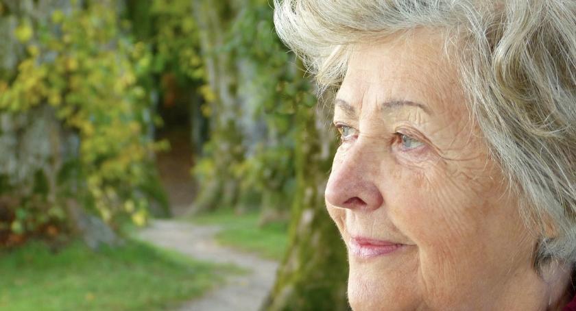 Zdrowie - szpital , przyjmować czasie menopauzy - zdjęcie, fotografia