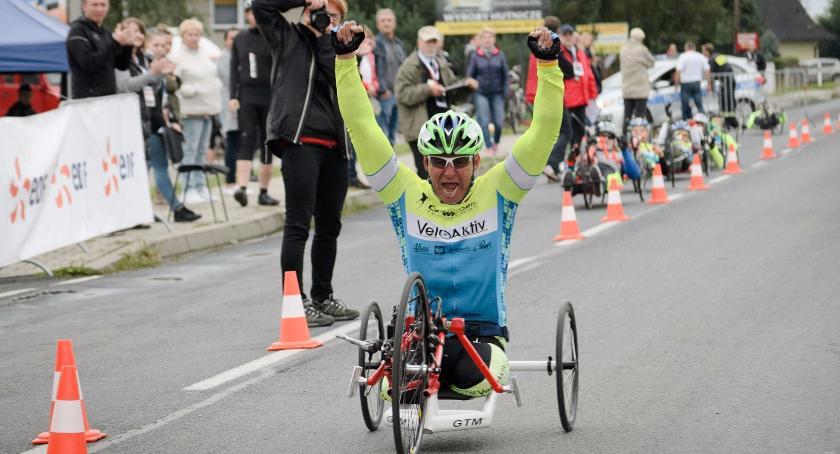 Rowery , Kolarski mistrz Polski Otwocka - zdjęcie, fotografia