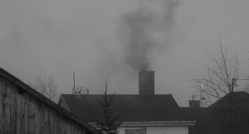 Ekologia, Mazowsze uchwałę antysmogową Wysokie palenie węglem niskiej jakości - zdjęcie, fotografia