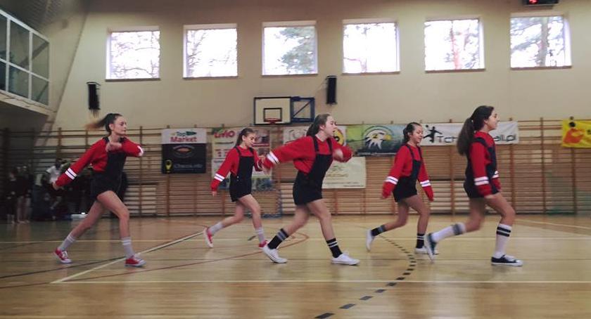 Sport - dyscypliny inne, Otwarte Młodzieżowe Mistrzostwa Mazowsza Tchoukballu halowym Otwock 2017r - zdjęcie, fotografia
