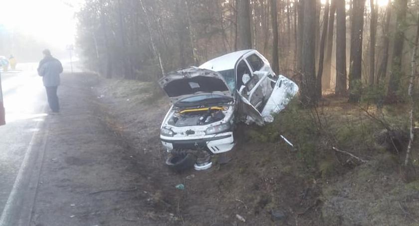 Wypadki drogowe , Ślisko drogach wypadki - zdjęcie, fotografia